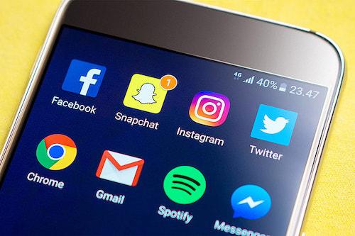 guadagnare su internet social media