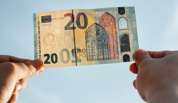 Guadagnare 20 euro subito