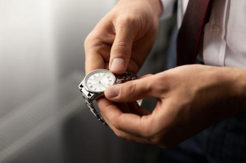 Rolex investire in dipinti e gioielli investimenti redditizi a lungo termine